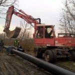 Установка новой водопроводной трубы по ул. Гастелло