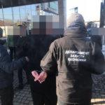 В Коростенском районе прокуратура  задержала и.о. старосты сельсовета, который  требовал взятку (фото)