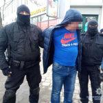 В Коростене полицией разоблачена группа наркодилеров (фото)