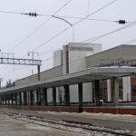 В связи с переводом часов поменялось расписание пассажирских и пригородных поездов по ст.Коростень