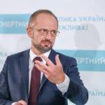 «Орієнтуватися треба на свої сили. Нам ніхто не побудує Україну, крім нас самих», – Роман Безсмертний