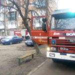 В Коростене пожар —  горела квартира многоэтажки в центре. ФОТО