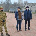 Нікого не залишимо у біді, – Володимир Федоренко зустрівся з потерпілими від пожеж в Овруцькому районі